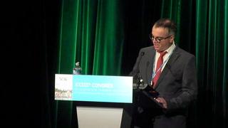 Facteurs de risque cliniques et approche de biomarqueurs pour la prédiction du niveau d