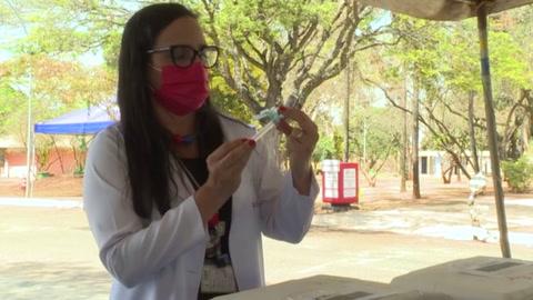 Brasil acelera por fin la vacunación anticovid
