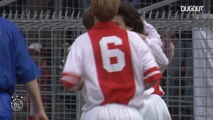 El gol de Marc Overmars ante el FC Twente