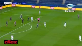 ¡Keylor Navas tapa penal y salva al PSG, pero se repite y el United se va adelante!