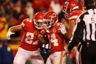 Raiders Continue to Struggle, Lose to Chiefs 40-9  – VIDEO
