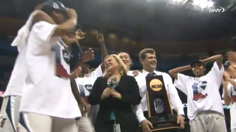 Geno Auriemma reflects on why undefeated UConn teams were so special