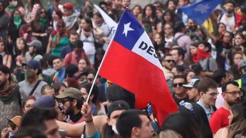 Histórico acuerdo en Chile de plebiscito para dejar atras Constitución de Pinochet