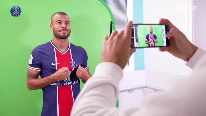 Rafinha is a new Paris Saint-Germain player