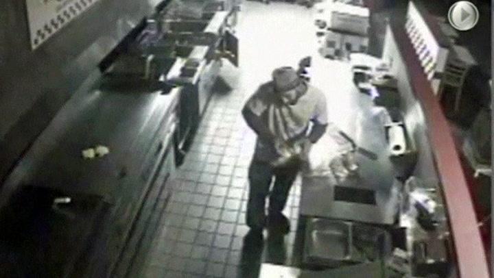 Innbruddstyven droppet kassa – lagde seg burger