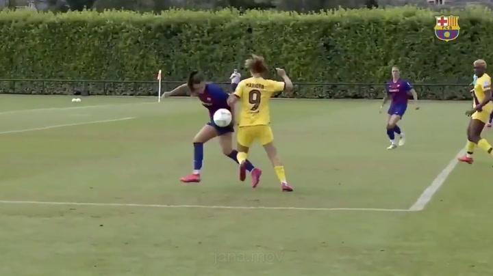La canterana del Barça Jana Fernández pide paso en la Champions