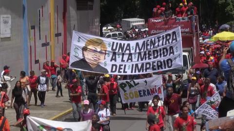 Seguidores de Maduro marchan en rechazo a