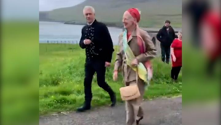 La reina Margarita de Dinamarca conquista las Islas Feroe y a sus gentes con su sencillez y cercanía