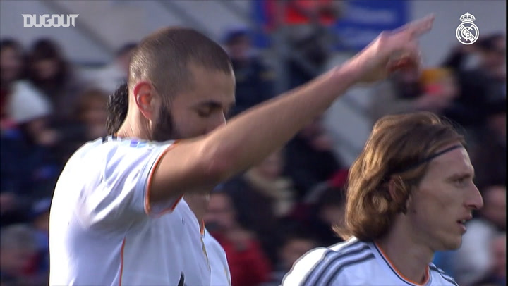Karim Benzema scores at Getafe in 2013-14