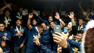 Jugadores del Motagua celebran a lo grande la 16 en los camerinos