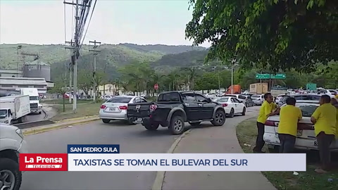 Taxistas se toman el bulevar del sur en San Pedro Sula