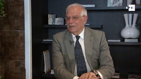 Borrell lamenta que el Parlamento sea lugar de invectivas, gritos e insultos