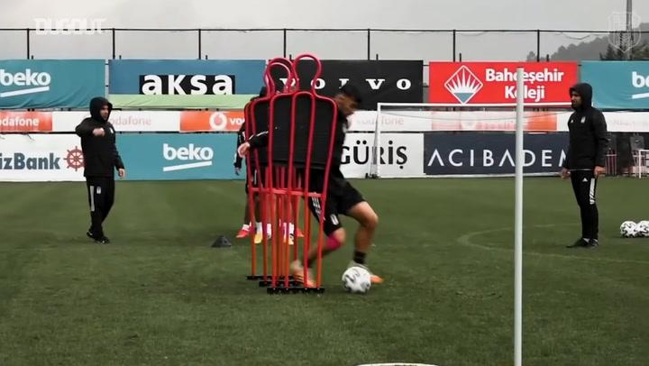 Beşiktaş'ın Eğlenceli Antrenmanı