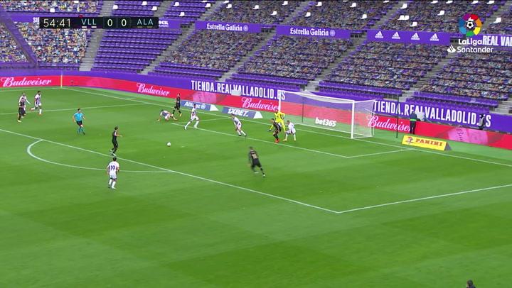 Gol de Tomás Pina (0-1) en el Valladolid 0-2 Alavés