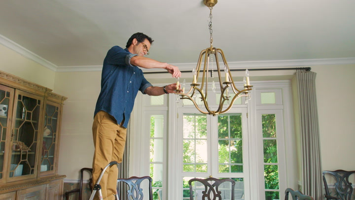 Watch Now How To Hang A Dining Room Chandelier