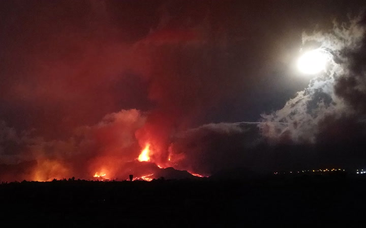 Watch live as lava pours and smoke rises from volcano on La Palma