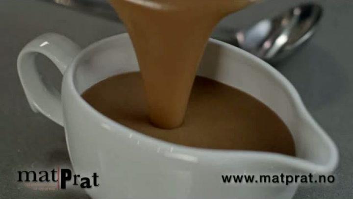 Hvordan lage brun saus med bruning