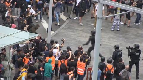 Choques en Cataluña ante duras penas de cárcel para líderes independentistas