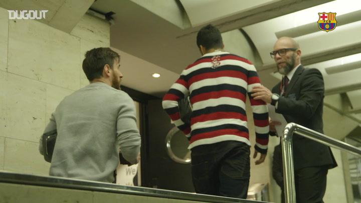Messi & Suárez Arrive Ahead of El Clásico!