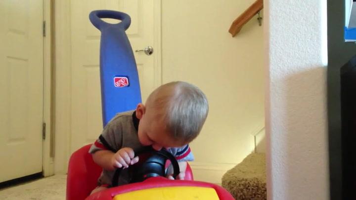 Håper han blir bedre sjåfør som voksen