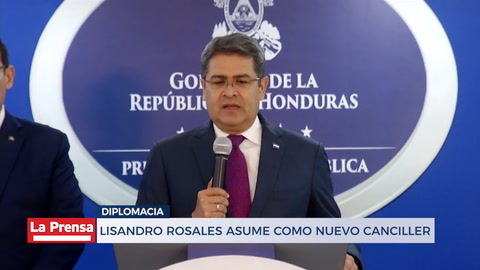 Lisandro Rosales asume como nuevo canciller