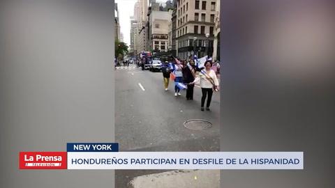 Hondureños participan en desfile de la hispanidad