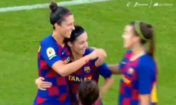 Jenni Hermoso celebra uno de los goles marcado al Tacón