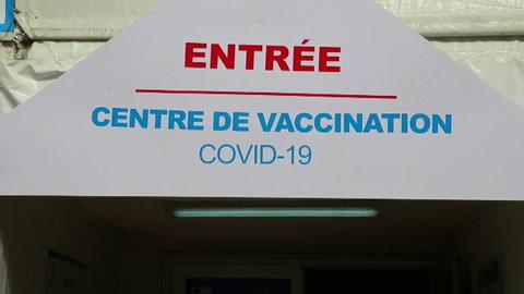 Costa de Marfil lanza la primera campaña de vacunación a través de COVAX