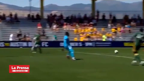 Video: Douglas Martínez se luce con póker de goles en Estados Unidos.