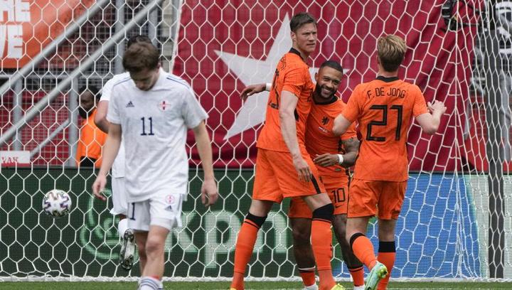 ¡Depay sigue 'on fire'! Tercer gol en dos partidos