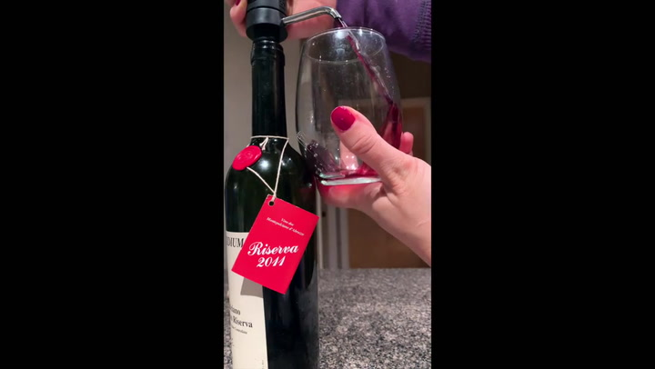 Preview image of CorkPops VinOstream Wine Aerator & Dispenser video