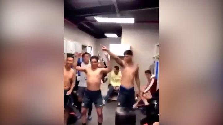 Jugadores del Club América Sub-17 se burlan de la protesta 'El Violador Eres Tu'