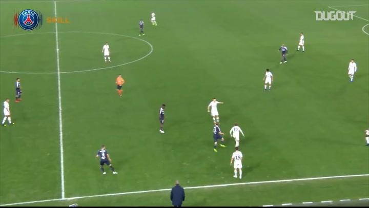 Neymar Insane Skills Against Bordeaux
