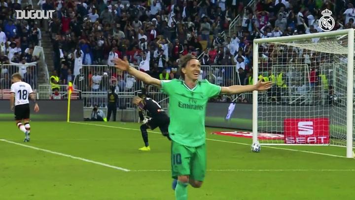 تشكيلة ريال مدريد الحالية تعرف طريق الشباك في كأس السوبر الأسباني