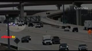 Lo viral: Dos policías chocan en motocicleta en la autopista
