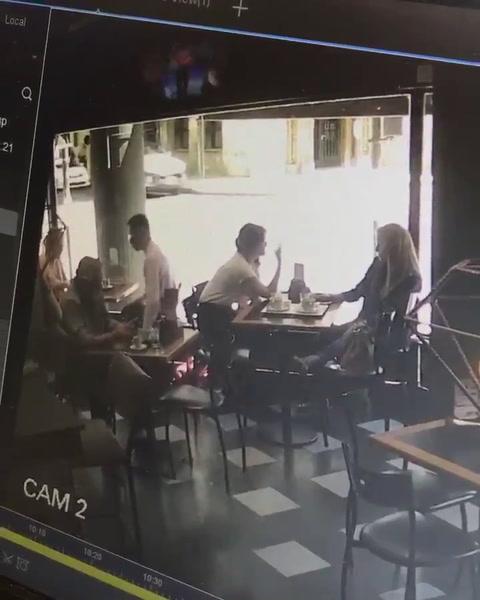 Le robaron la cartera en un bar céntrico y el hecho quedó filmado