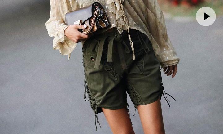Cómo combinan sus pantalones cortos las más estilosas