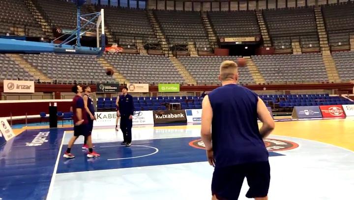 Entrenamiento del Barça de basket para preparar el partido de ante el Acunsa GBC