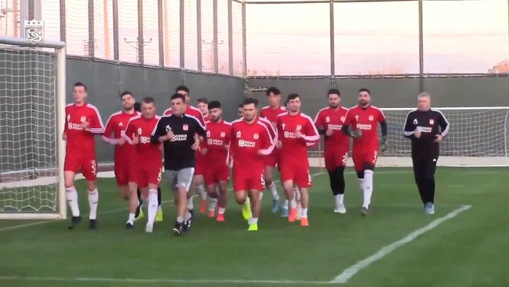 Sivasspor, Antalya kampına başladı