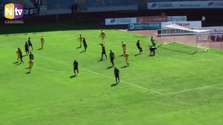 Bryan Róchez anota gol en el triunfo del Nacional ante Académica en la segunda división de Portugal