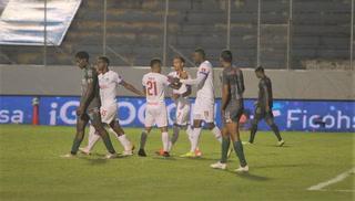Arboleda hace el quinto gol y Olimpia está humillando al Platense