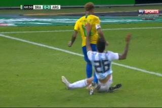 La escandalosa falta de Saravia contra Neymar en el Brasil vs Argentina