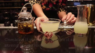 Red Plate on the Las Vegas Strip serves a cocktail made with blooming jasmine tea