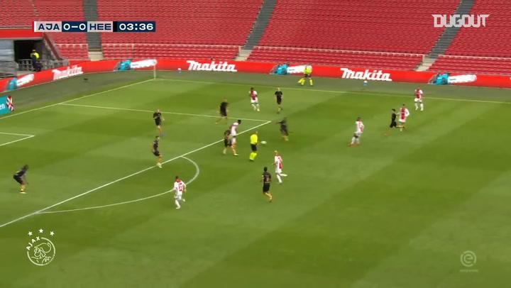 Tadić curls home superb goals vs Heerenveen
