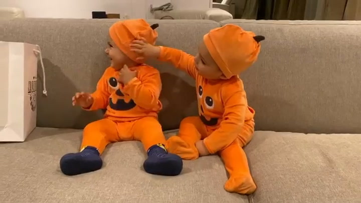 Los hijos de Morata arrasan en las redes con sus disfraces de Halloween
