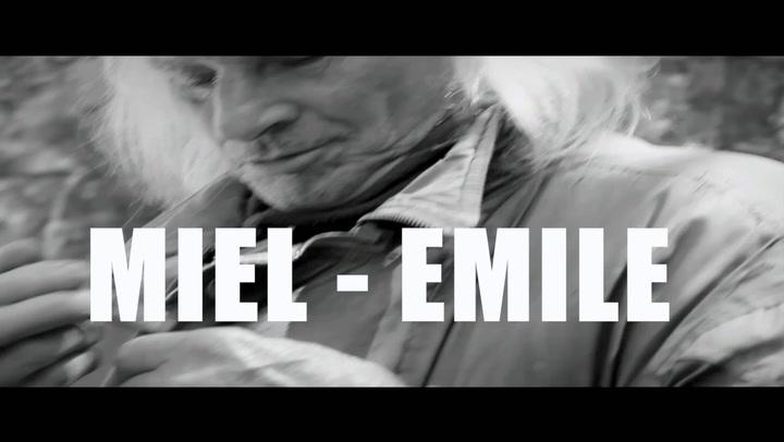 Bekijk hier de trailer van Miel-Emile