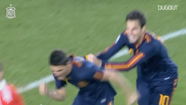 David Villa's historic winner vs Paraguay