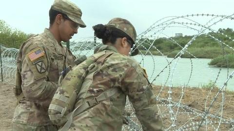 Ejército de EEUU despliega kilómetros de alambrada en frontera