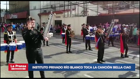Instituto Privado Río Blanco toca la canción Bella Ciao