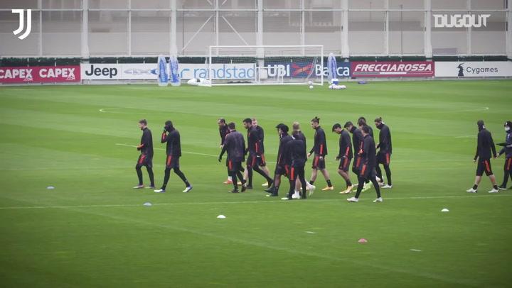 Juve está pronta para duelo contra o Dínamo de Kiev; veja último treino